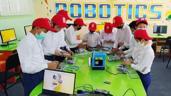 Спецкласс робототехники – от российской компании