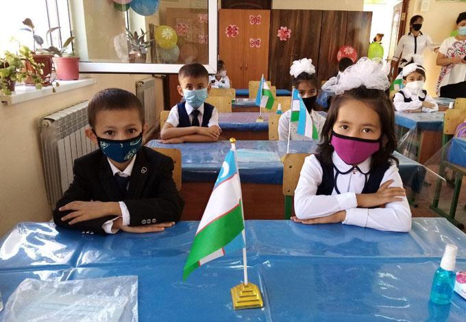 Сегодня свои двери для учеников распахнули 56 школ Кашкадарьи