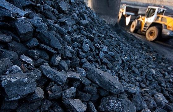 Омбор мудири 80 тонна кўмирни хусусий корхонага сотиб юборди