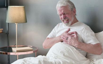 Академик инфарктнинг аломатлари ҳақида эслатди