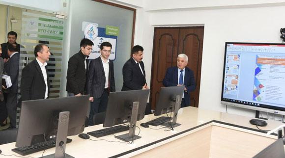 Педагогика университети Шаҳрисабз филиалида IT-инкубация маркази иш бошлади